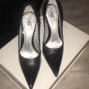 👠..Pointy Toe Carlos Santana Pumps👠...,